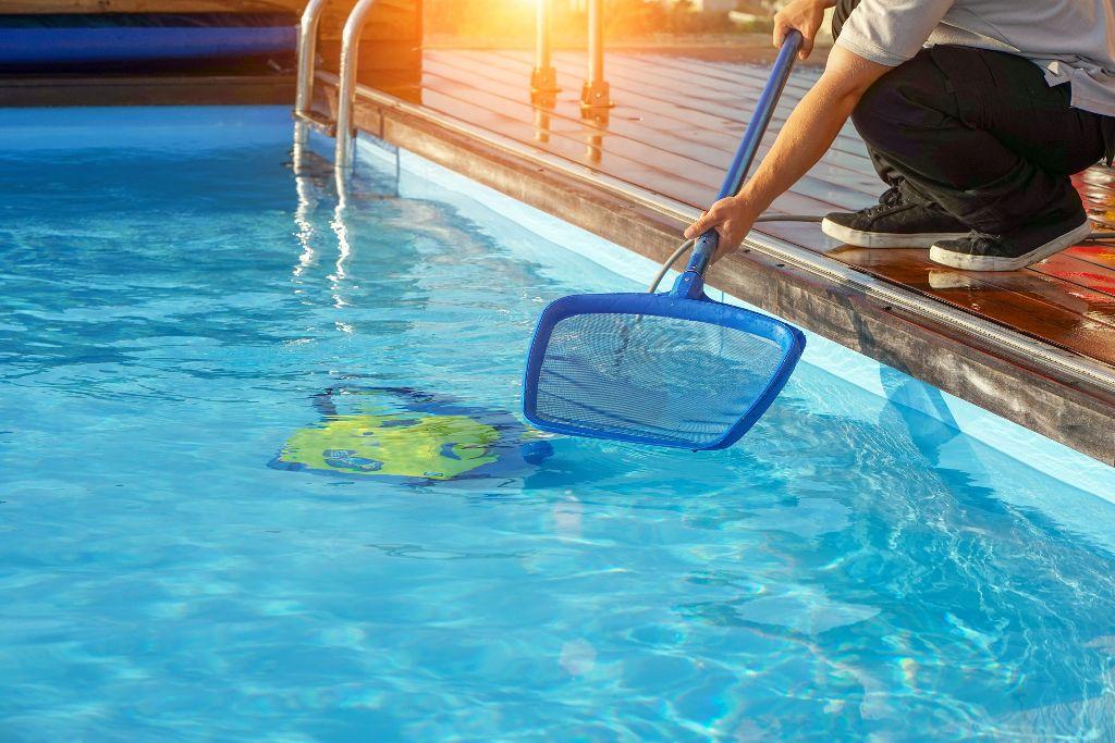 Comment entretenir efficacement une piscine?