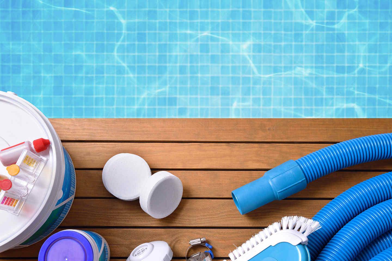 En quoi consiste le nettoyage d'une piscine ?